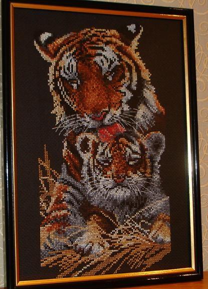 Вышивка.Тигры