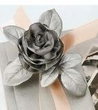 Как делать розу из ленты.