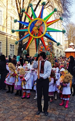 Львов. Рождественское шествие.