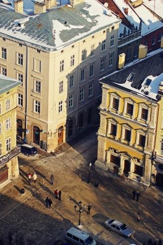 Львов, площадь Рынок. Палаццо Бандинелли - справа.