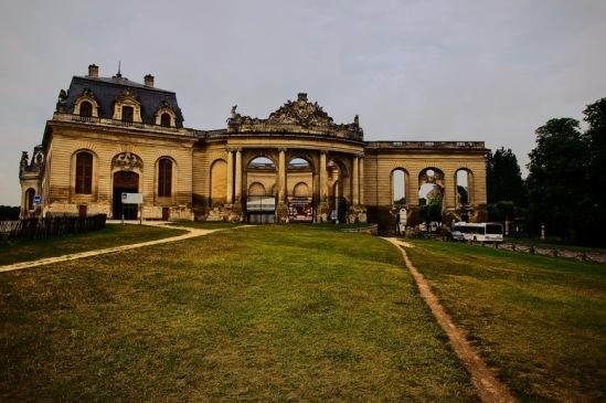 Шантильи. Музей лошади был восстановлен на средства Ага-хана.