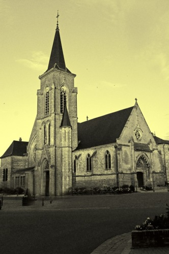 Пикардия, Кревкер. Церковь св. Николая.