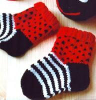 вязание крючком носочки.