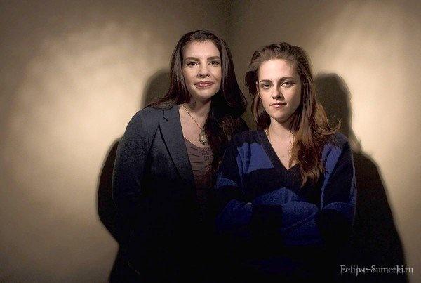 """Новый портрет Стефани Майер и Кристен Стюарт на пресс-конференции """"Рассвет: Часть 2"""" в ЛА [01.11]"""